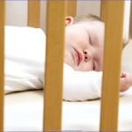 yatak için bebek güvenliği